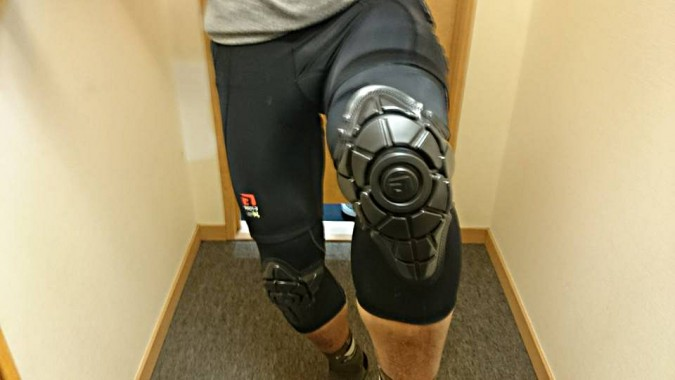 GFORM_KNEE_WEARING